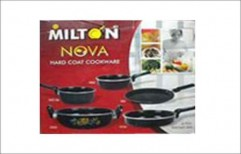 MILTON 5 PC COOK WARE SET     by Shiv Darshan Sansthan