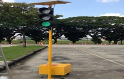 Portable Solar Traffic Light by Gobind Power Solar