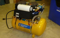 Vacuum Pump System by MediFlow Systems