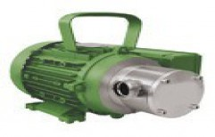 Self Priming Chemical Pump    by Marck Engineers