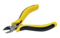 Cutting Plier by Raj Hardwares