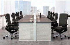 Group Workstation by Kranthi Wood Works