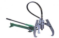 Separated Hydraulic Puller by Chintan Sales