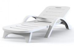 Plastic Sun Lounger by Vardhman Chemi - Sol Industries