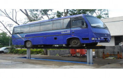 Bus Washing Lift by Tech Fanatics Garage Equipments Private Limited