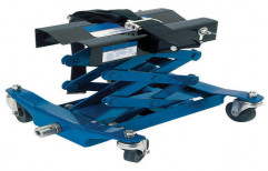Floor Transmission Jack by Tech Fanatics Garage Equipments Private Limited
