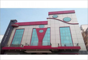ACP Cladding by Hi Tech Printers Sign Boards