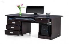 Office Computer Table by Hemant Interiors (A Unit Of Hemant UPVC Doors & Windows)