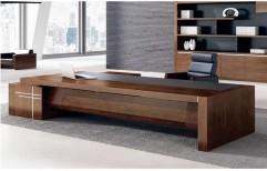 Wooden Office Desk by Hemant Interiors (A Unit Of Hemant UPVC Doors & Windows)