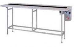 Packaging Conveyor by Akshar Engineering Works