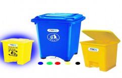 Plastic Garbage Bin by NACS India