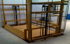 Hydraulic Goods Lift by Vir Krupa Engineers