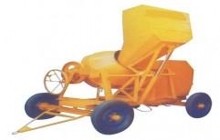 Self Loading Concrete Mixture Machine by Shreeji Traders