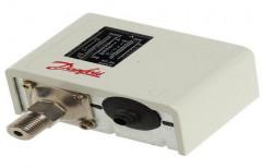 Danfoss Pressure Switch by Ishika Sales