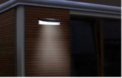 Outdoor Solar Wall Light by Sunshine Engineering
