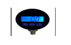 Digital Pressure Gauge by Plastico Pumps