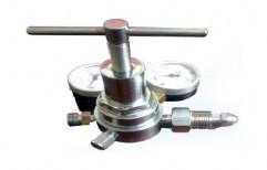 Single Line Hi-Flow Regulator For Manifolds & Cylinder by Mediline Engineers