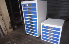 HPLC COLUMN SAFETY CABINET by A One Engineering Works
