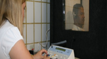 Puretone Audiometry Test by India Speech And Hearing Centre