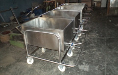 Container Type Soiled Dish Trolley by Srinivasa