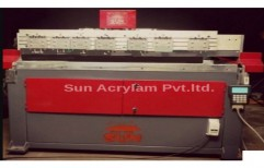 Glass Cutting Machine by Sun Acrylam Private Limited
