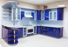 U- shaped Modular Kitchen by Treasure Kitchens