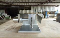 Chicken Cutting Machine YS 500, Capacity: 150 kg/hr