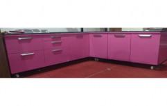 L Shaped Wooden Modular Kitchen