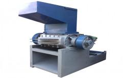 Plastic Scrap Grinder Machine, Capacity: 1 Ton Per Hour