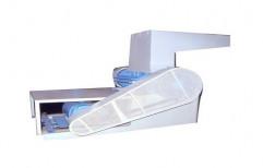 HDPE Plastic Scrap Grinder Machine, Blade Size: 24 Inch X 7 Inch, Capacity: 100 Kg Per Hour