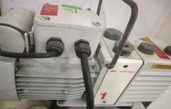 17 Lpm 3 Phase 220 V Edwards Rotary Pumps, Model Name/Number: E2M1