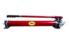 Hydraumech Manual Hydraulic Hand Pump, HHP-350 ,max Flow Rate: 350 Bar