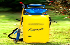 Yellow Pressure Pump Agricultural Hand Sprayer, For Spraying, Capacity: 8l