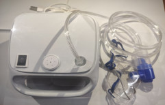 Table Top Nebulizer Machine, Size: Compact