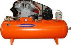 Single Phase 5 HP Schumak 2 Stage Air Compressor, Maximum Flow Rate: 51 - 120 cfm, Air Tank Capacity: 220 L