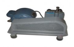 Vacuum Pump (Oil Sealed)
