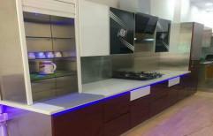 Brown Golden Stainless Steel Modular Kitchen With Light